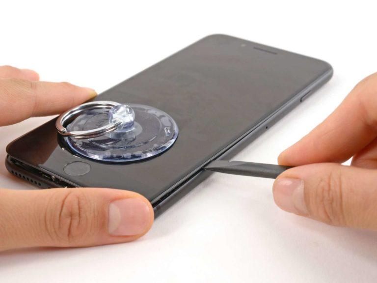 Sửa chữa chân sạc iPhone
