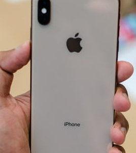 Vỏ iPhone XS Max vỡ
