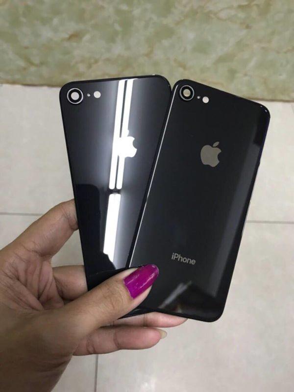 Thay Kính Lưng Iphone 8